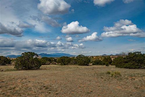 Photo of 14 Condesa Road, Santa Fe, NM 87508 (MLS # 202003053)