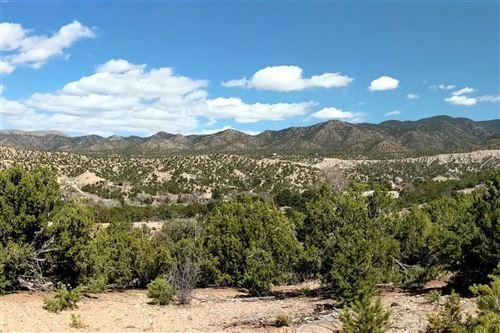 Photo of 94 Paseo Encantado NE, Santa Fe, NM 87506 (MLS # 202001074)