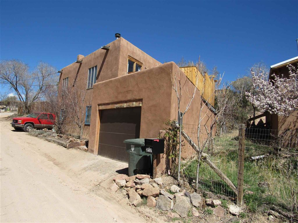 Photo for 217 EPHRIAM, Santa Fe, NM 87501 (MLS # 201900078)