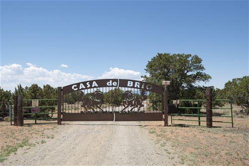 Photo of 130 Leaping Powder Road, Santa Fe, NM 87508 (MLS # 202002091)