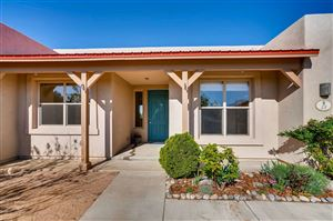 Photo of 53 Devoys Peak, Santa Fe, NM 87508 (MLS # 201902093)