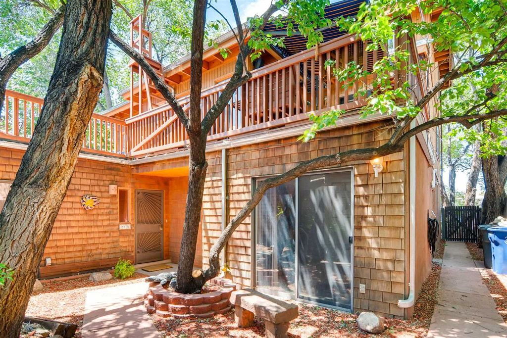 Photo for 223 E Santa Fe Avenue Unit C, Santa Fe, NM 87505 (MLS # 201903111)