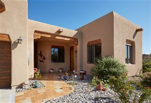 Photo of 97 Bosquecillo, Santa Fe, NM 87508 (MLS # 201902118)