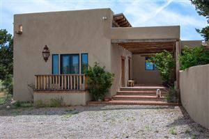 Photo of 25 Camino Oriente, Santa Fe, NM 87508 (MLS # 201902121)