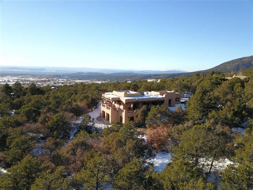 Photo of 63 Calle Coyote, Taos, NM 87571 (MLS # 202000124)