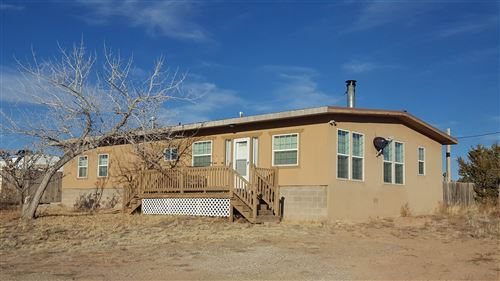 Photo of 105 SHENANDOAH, Santa Fe, NM 87508 (MLS # 202000133)