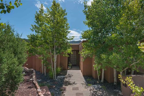 Photo of 1978 Cerros Colorados, Santa Fe, NM 87501 (MLS # 201904139)