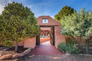 Photo of 7 Camino Montuoso, Santa Fe, NM 87506 (MLS # 201902143)