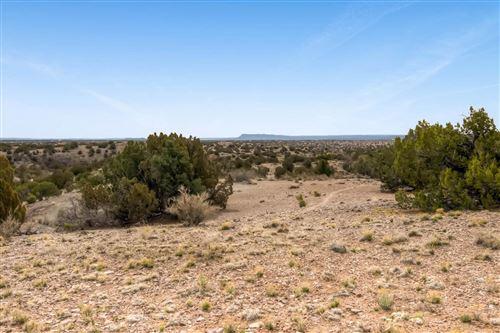Photo of 10 El Cerro Trail, Santa Fe, NM 87508 (MLS # 202101157)