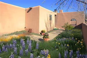 Photo of 1030 Don Diego, Santa Fe, NM 87505 (MLS # 201900158)