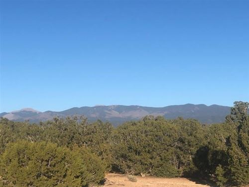 Photo of 12 Green Meadow, Lot 380, Santa Fe, NM 87506 (MLS # 201903160)