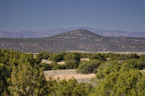 Photo of 20 Via Oso, Lot 3, Santa Fe, NM 87506 (MLS # 202000162)