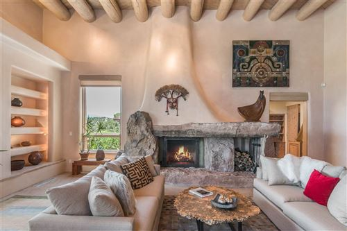 Photo of 92 AVENIDA DE LAS CASAS, Santa Fe, NM 87506 (MLS # 201900171)