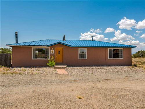Photo of 78 VISTA DEL MONTE, Santa Fe, NM 87508 (MLS # 202002195)