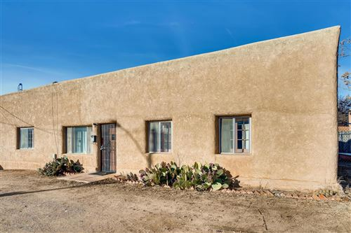 Photo of 723 Dunlap Street, Santa Fe, NM 87501 (MLS # 201905203)