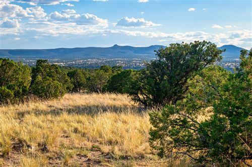Photo of 4 Campo De La Vega, Santa Fe, NM 87506 (MLS # 202000229)