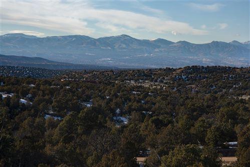 Photo of 171 Vuelta Maria, Santa Fe, NM 87506 (MLS # 202000232)