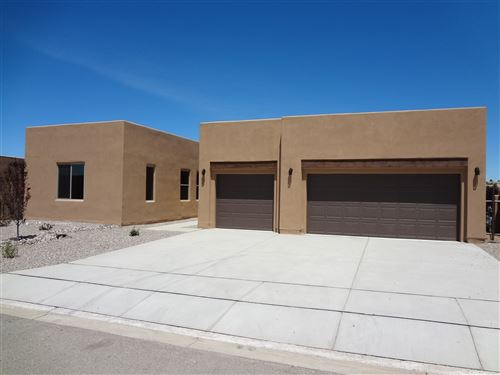 Photo of 15 Bosquecillo, Santa Fe, NM 87508 (MLS # 202000243)