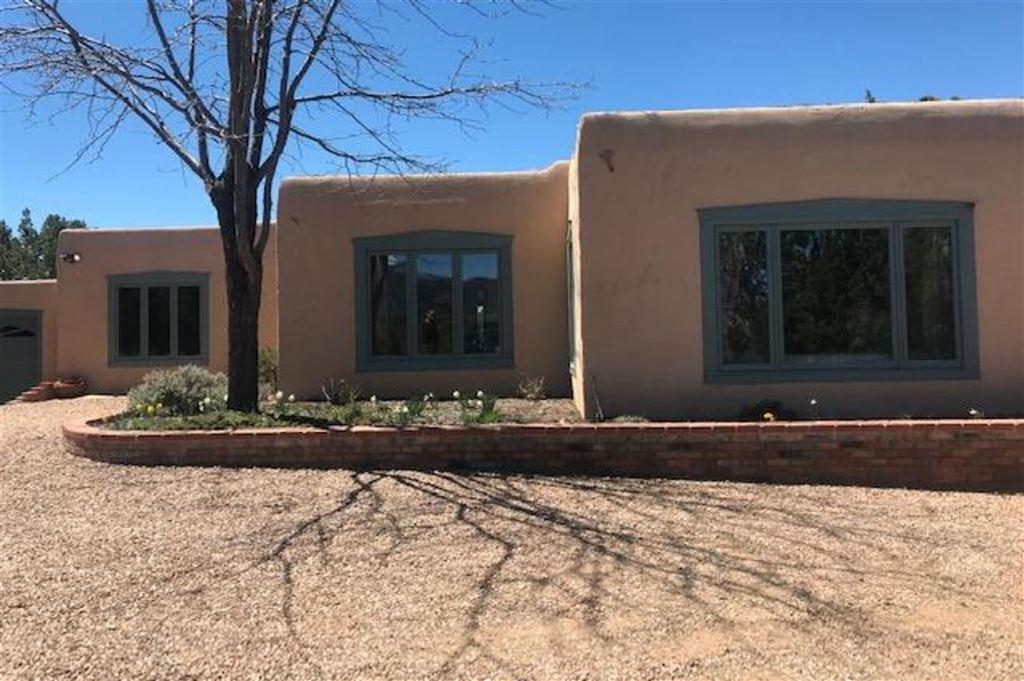 Photo for 330 Circle Drive, Santa Fe, NM 87501 (MLS # 201903260)