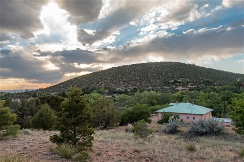 Photo of 1500 Upper Canyon Rd, Santa Fe, NM 87501 (MLS # 201803270)