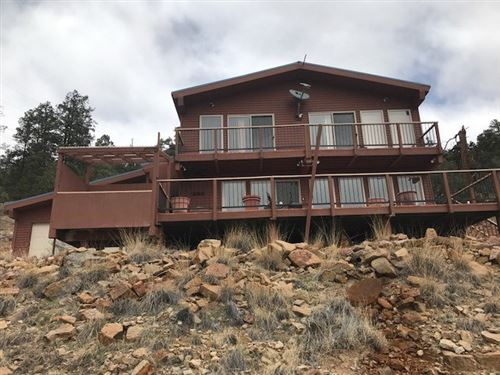 Photo of 12 Buena Vista Drive, Rutheron, NM 87551 (MLS # 201800278)