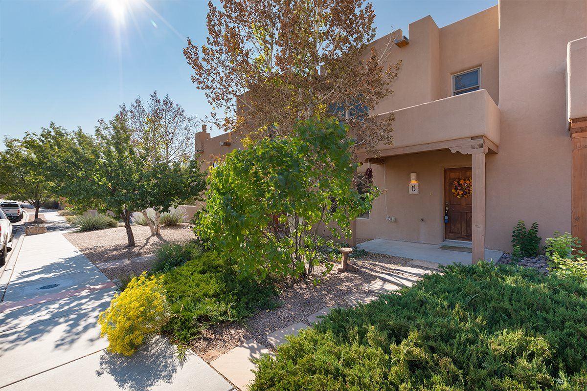 12 Camino de Vecinos, Santa Fe, NM 87507 - #: 202004287