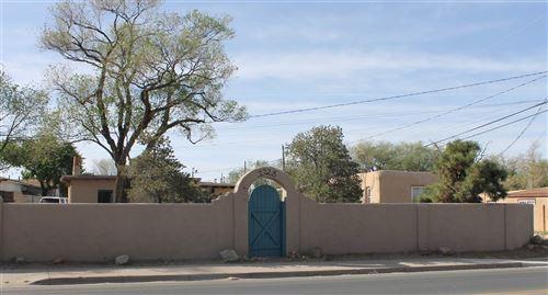 Photo of 1728 Agua Fria, Santa Fe, NM 87505 (MLS # 201905296)