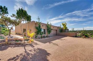 Photo of 34 Camino Ladera, Santa Fe, NM 87506 (MLS # 201901310)