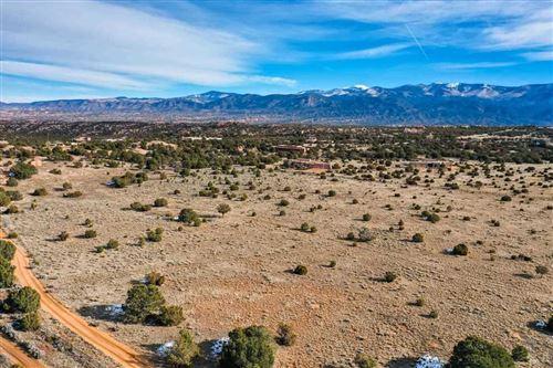 Photo of 254 Tano Rd, Santa Fe, NM 87506 (MLS # 202000342)
