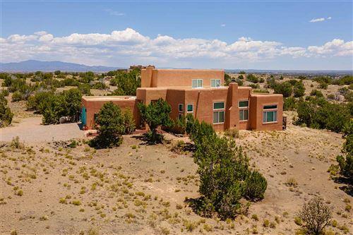 Photo of 5 Gold Trl, Santa Fe, NM 87508 (MLS # 202002346)