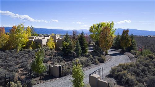 Photo of 54 Sol Grande, Taos, NM 87571 (MLS # 201802354)