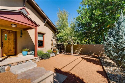 Photo of 318 Delgado Street, Santa Fe, NM 87501 (MLS # 201903363)