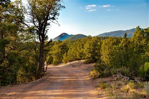 Photo of 81 Apache Canyon Trail, Santa Fe, NM 87505 (MLS # 201903386)
