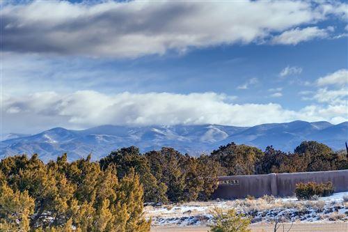 Photo of 35A Camino De Los Montoyas, Santa Fe, NM 87506 (MLS # 202000387)