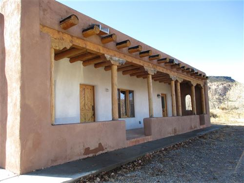 Photo of 161 State RD 75, Dixon, NM 87527 (MLS # 202000405)