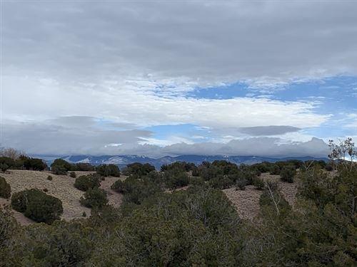 Photo of 60 Via Del Caballo (Tesoro Enclave, Lot 127), Santa Fe, NM 87508 (MLS # 202100409)