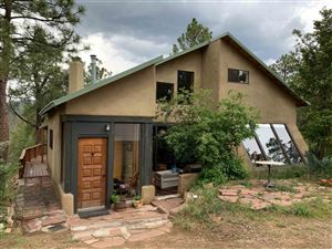 Photo of 168 Overlook Rd, Santa Fe, NM 87505 (MLS # 201902416)