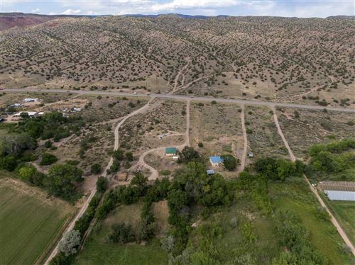 Photo of 21491 US HWY 84, Abiquiu, NM 87510 (MLS # 201904417)