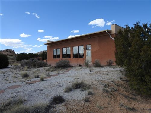 Photo of 20  A La Luz Trail, Abiquiu, NM 87510 (MLS # 202001422)