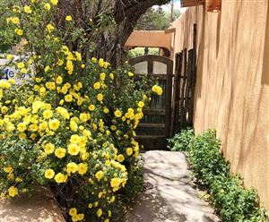Photo of 507 Acequia Madre, Santa Fe, NM 87501 (MLS # 201805424)