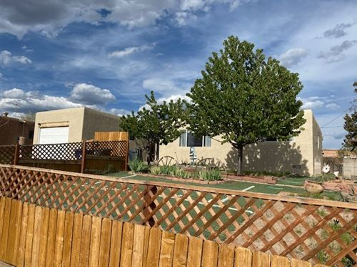 Photo of 1013 Practilliano drive, Santa Fe, NM 87505 (MLS # 202001424)