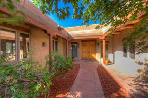 Photo of 6 Jornada Way, Santa Fe, NM 87505 (MLS # 201902428)