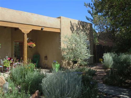 Photo of 314 South Trapper Road, Taos, NM 87571 (MLS # 202002431)