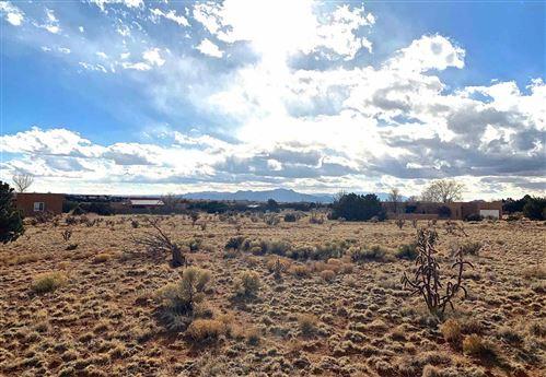 Photo of 5 Casa Del Oro Court, Lot 15, Santa Fe, NM 87508 (MLS # 202100444)