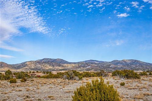 Photo of 19 Calle Cantando, Santa Fe, NM 87508 (MLS # 202000478)