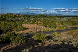 Photo of 40 Calle Milpa, Santa Fe, NM 87507 (MLS # 201904479)