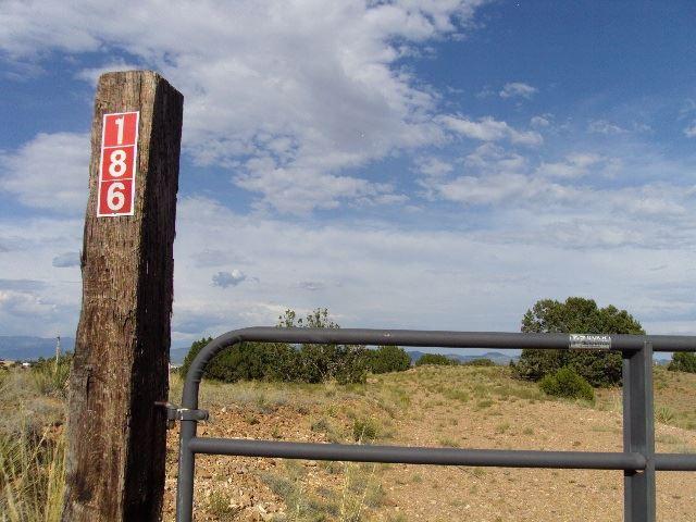 Photo for 186 SUNRISE, Santa Fe, NM 87507 (MLS # 201903482)