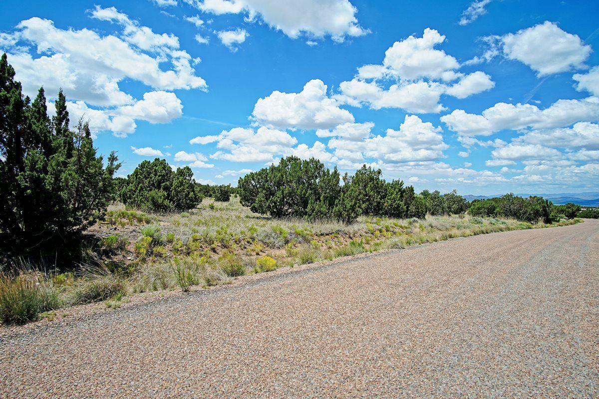 Photo for 59 Heartstone, Santa Fe, NM 87506 (MLS # 201903486)