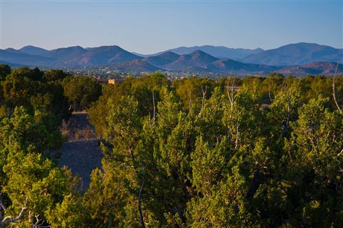 Photo of 30 Silver Saddle, Santa Fe, NM 87508 (MLS # 202002489)