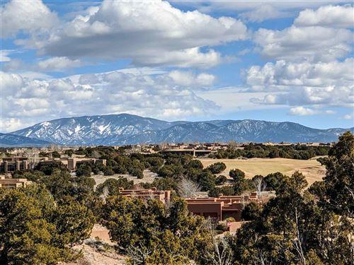 Photo of 11 CALLE VENADO, Santa Fe, NM 87506 (MLS # 202000499)